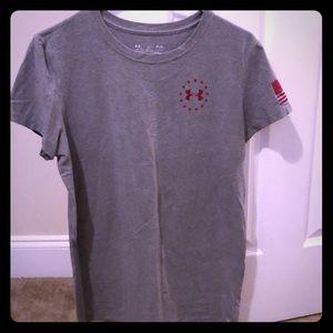 Medium Woman's Gray T-Shirt. Like new!